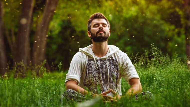 4 Crucial Ways Meditation Boosts Your Immune System